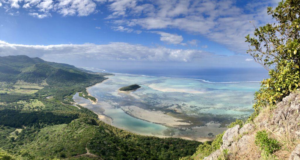 Traveling_Mauritius